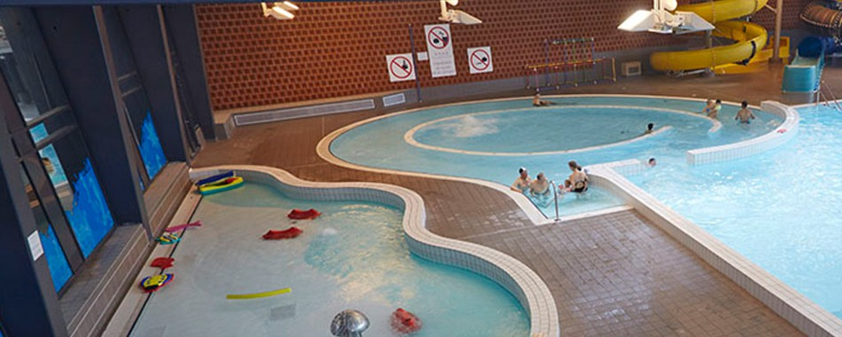 Piscine bassin romain tourcoing maison design for Piscine tourcoing horaires