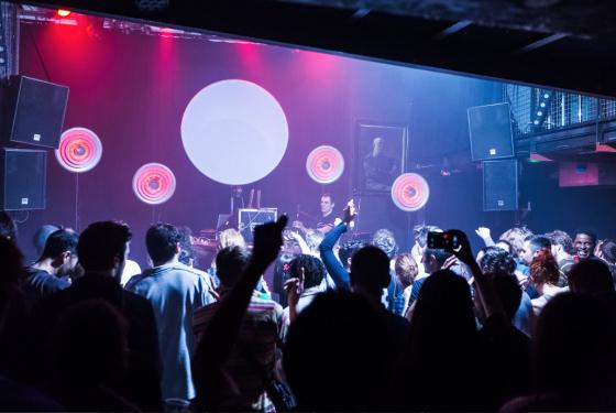 Les salles de concerts toulousaines for Peri y canape