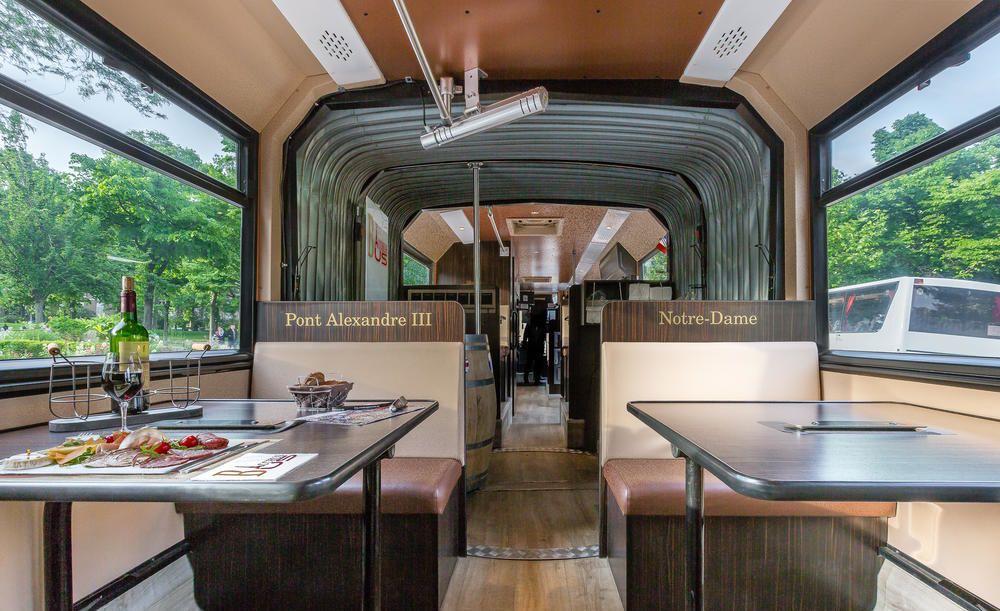 bars originaux paris bacchus bus