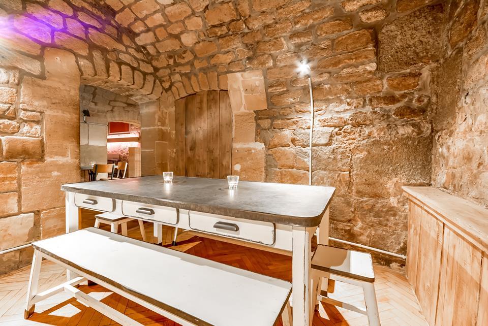 top des bars les plus originaux de paris. Black Bedroom Furniture Sets. Home Design Ideas