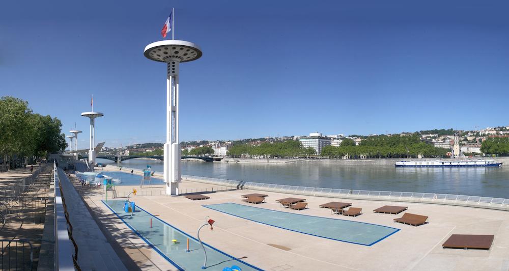 La piscine du rh ne va accueillir un resto avec une vue de for Piscine du rhone