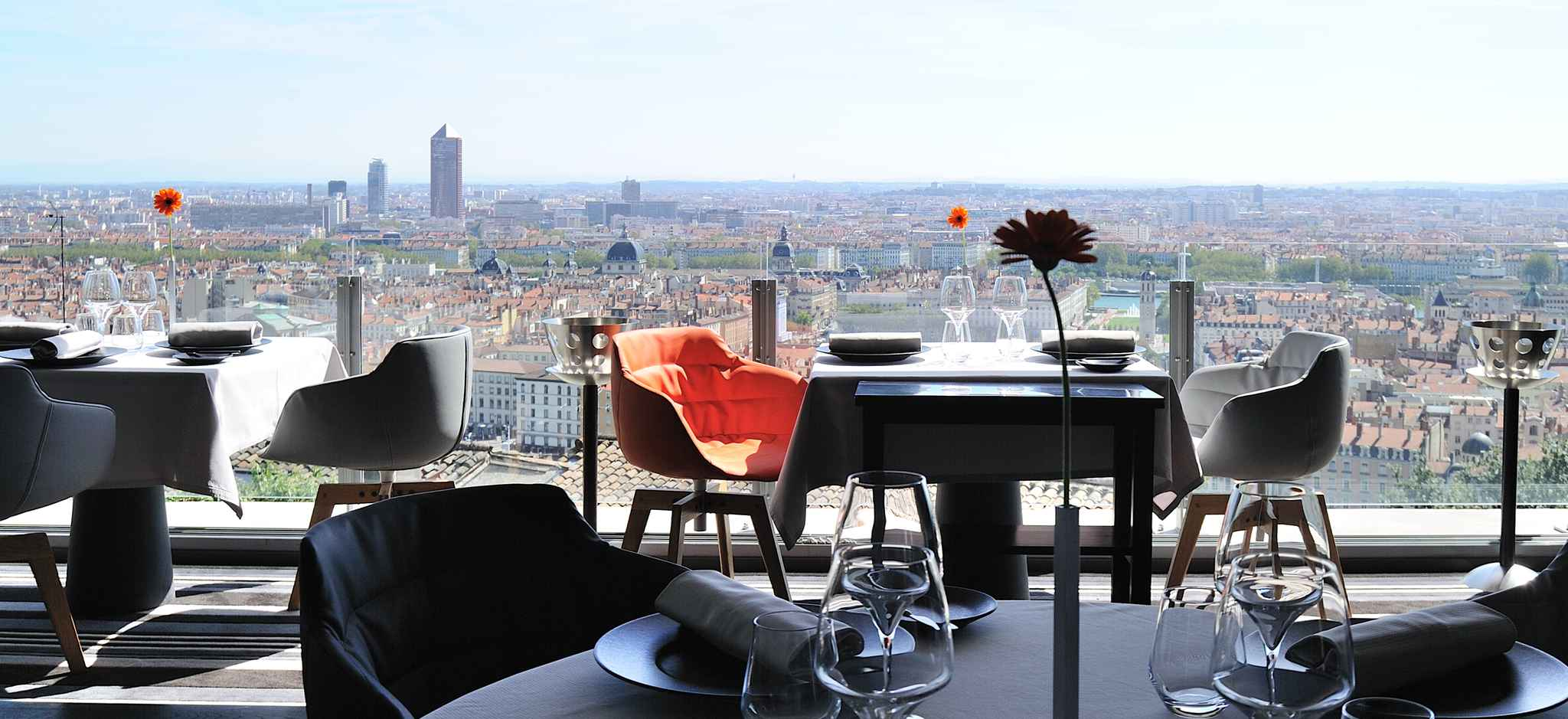 top des meilleurs restaurants gastronomiques de lyon. Black Bedroom Furniture Sets. Home Design Ideas