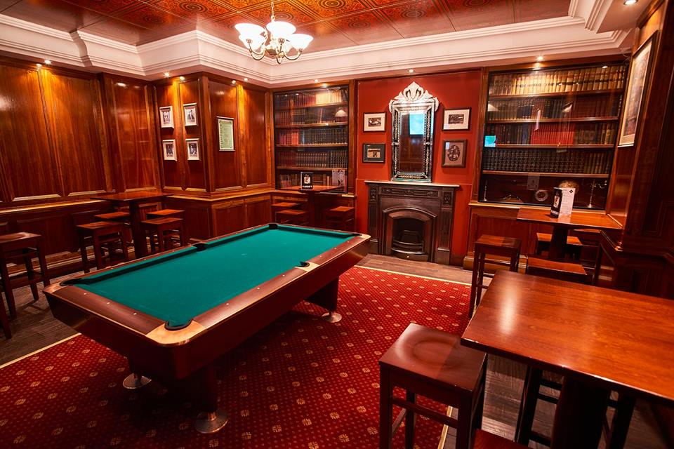 saint patrick top des pubs irlandais de lyon. Black Bedroom Furniture Sets. Home Design Ideas