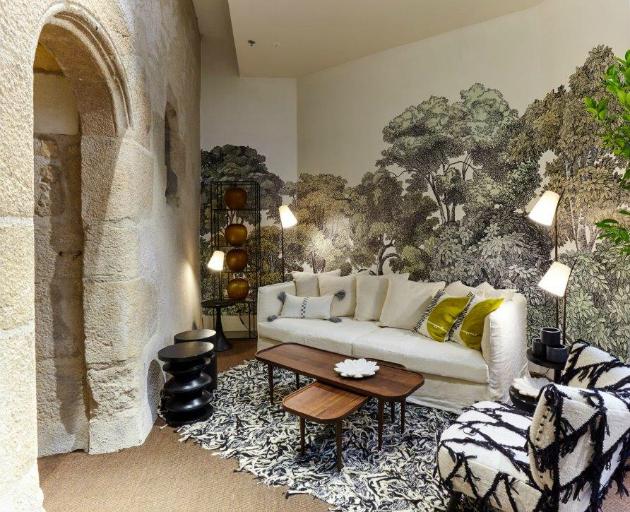 une boutique am pm nantes. Black Bedroom Furniture Sets. Home Design Ideas