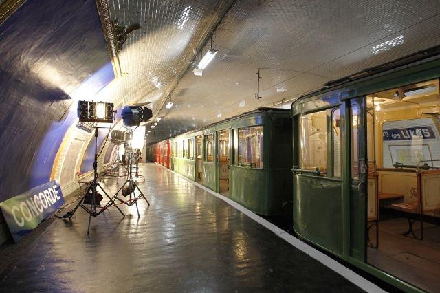 souterrain paris lieu caché station de metro