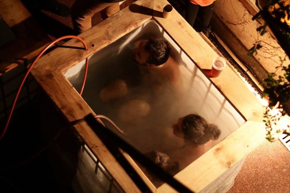 bain chaud-grands voisins