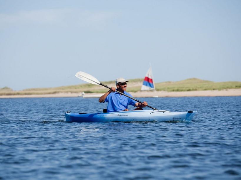 En pleine séance de kayak sur une plage du Massachusetts (28/08/12)