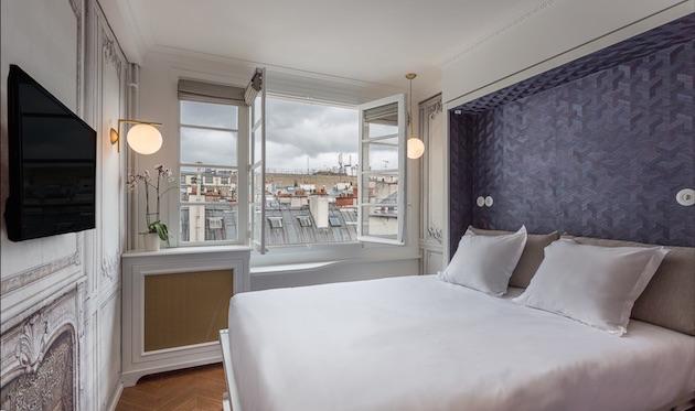 hotel-romantique-paris-crayon-rouge