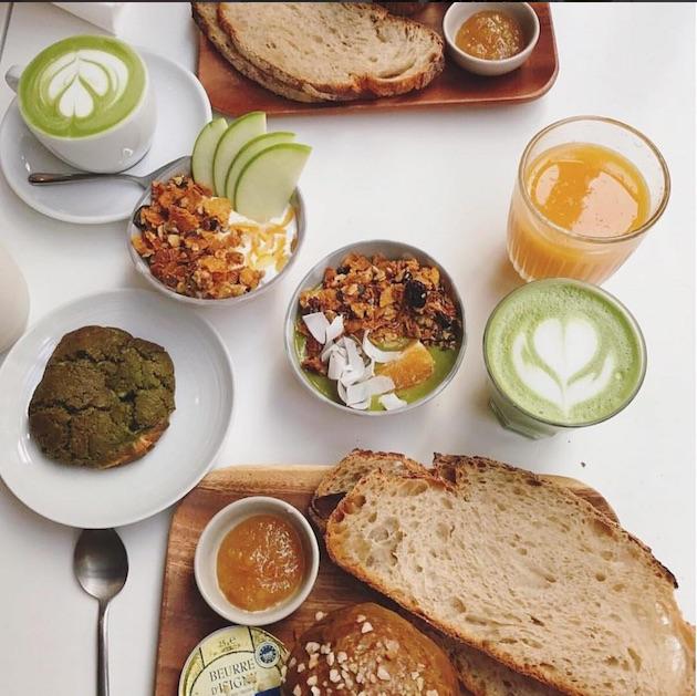 ou-faire-un-brunch-healthy-a-paris-umami