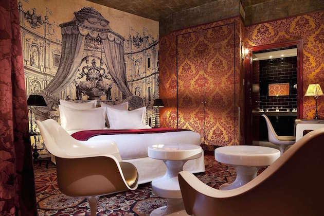 hotel-romantique-paris-petit-moulin-deluxe