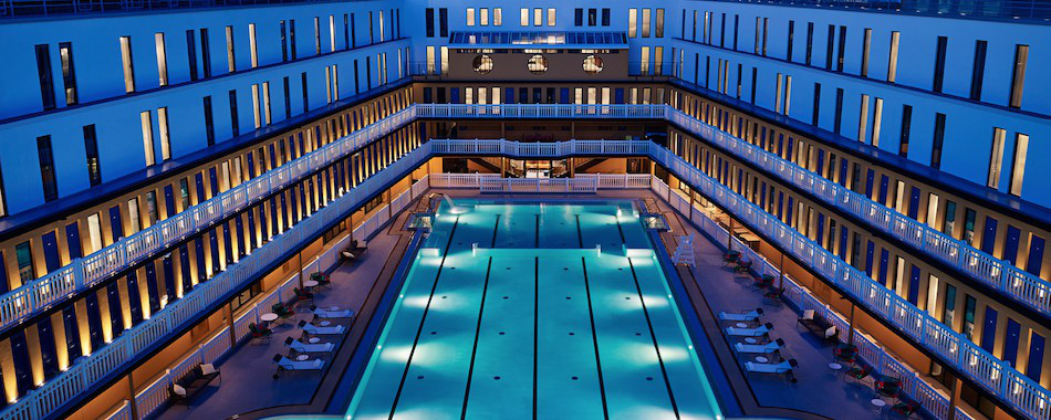Top des piscines o plonger apr s 22h for Piscine nocturne paris