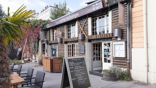 la-petite-auberge-lyon-fromage-raclette-restaurant