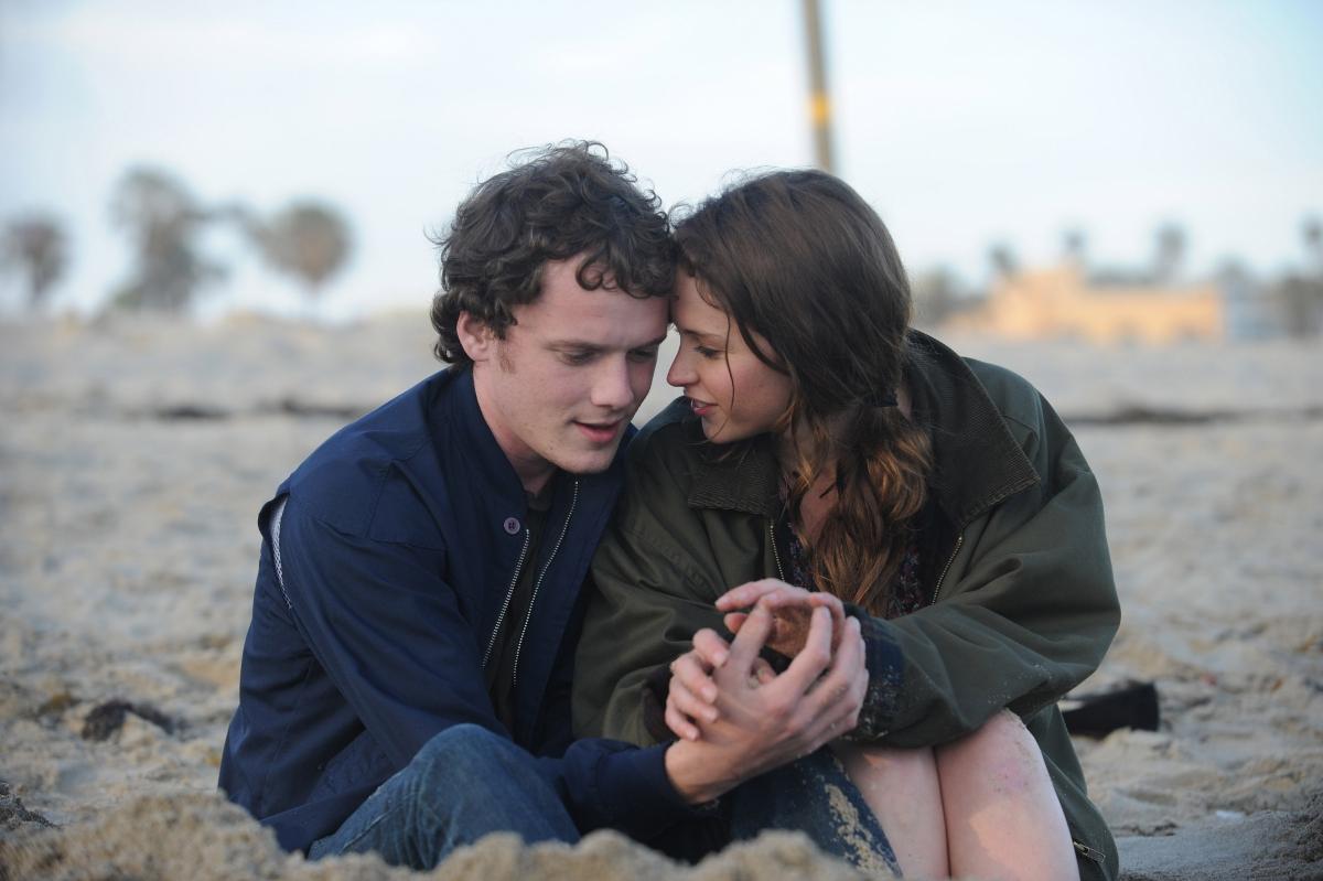 cinema-top-meilleures-comedies-romantiques-bouleversent-le-genre-like-crazy
