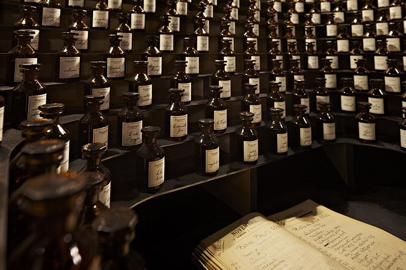 musee du parfum paris flacons