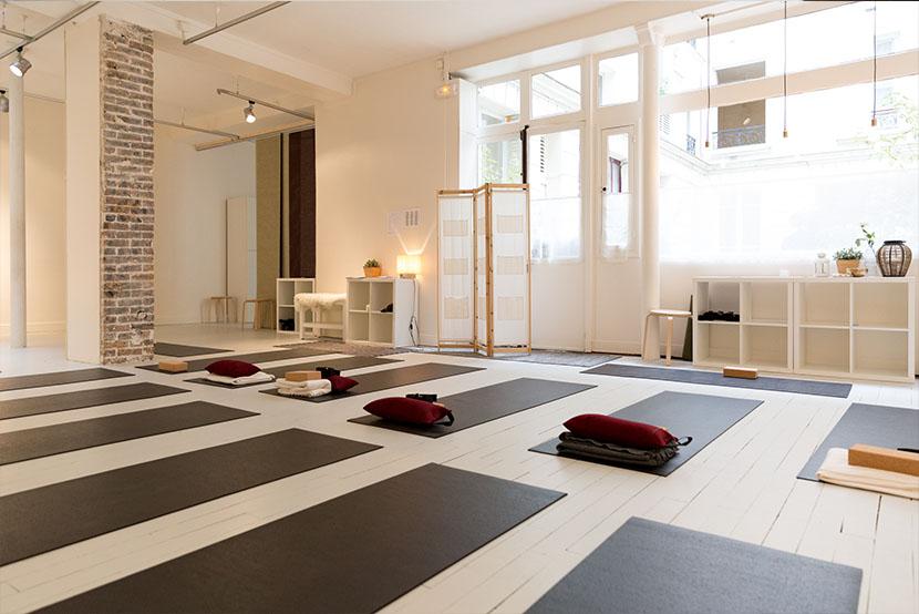 qee cours yoga pilates paris salle