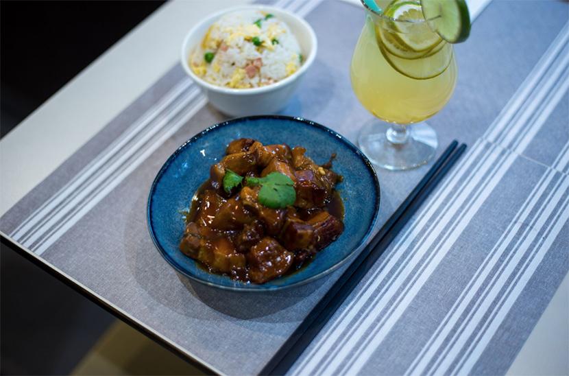 Table neuf la vraie cantine chinoise o tout le monde se - Restaurant vaise tout le monde a table ...