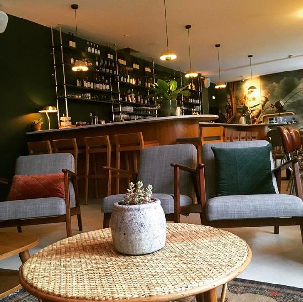 restaurant lounge paris les adresses incontournables. Black Bedroom Furniture Sets. Home Design Ideas
