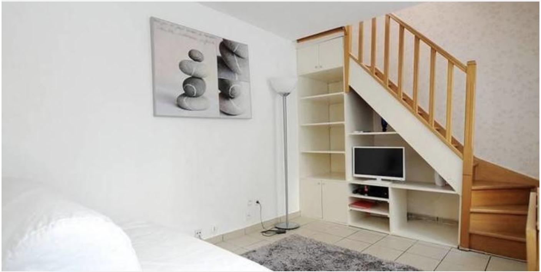 7 maisons trop cool louer moins de 1400 pr s de paris. Black Bedroom Furniture Sets. Home Design Ideas