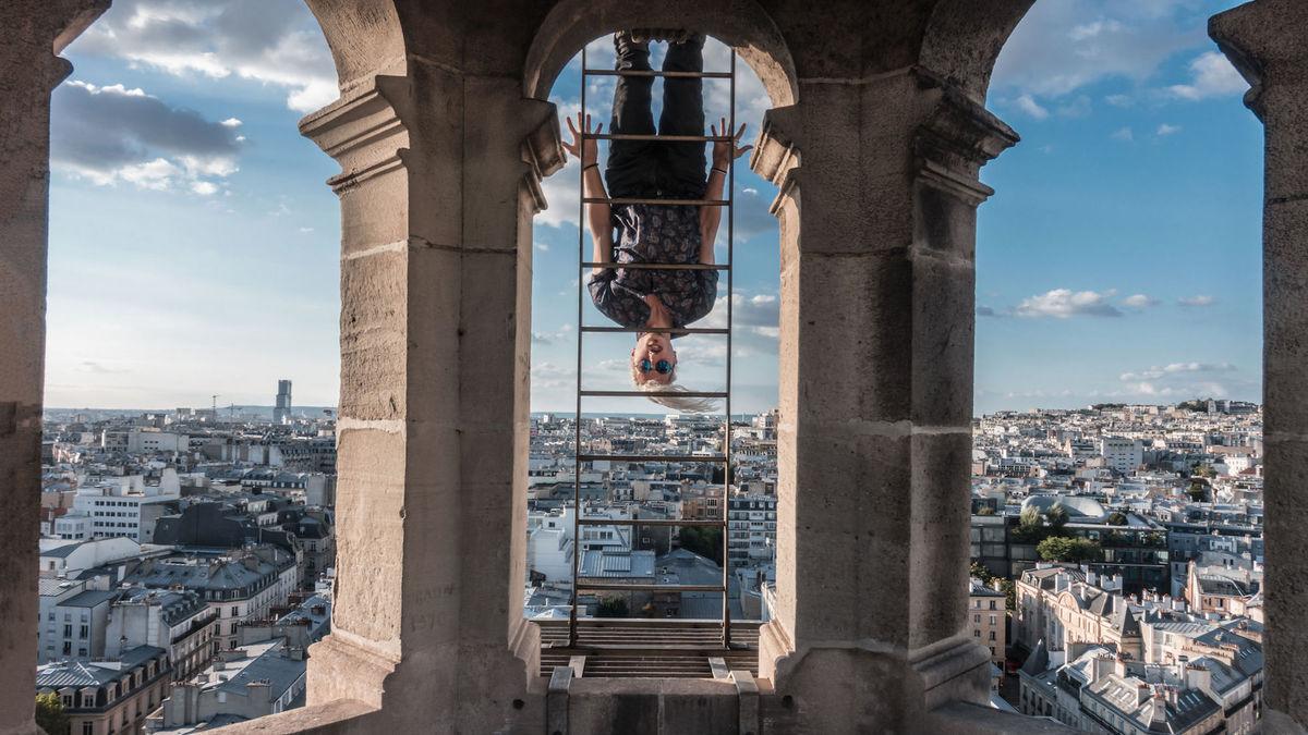 Il a escaladé le toit de Notre-Dame... et ça donne le vertige !