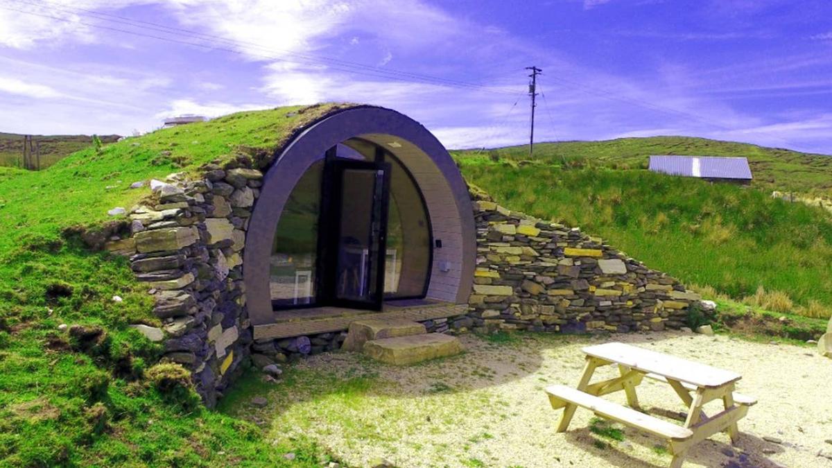 Une maison inspirée du Hobbit est à louer