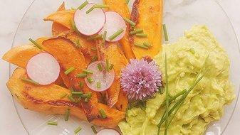 Recette healthy: frites de patate douce et son avocaioli