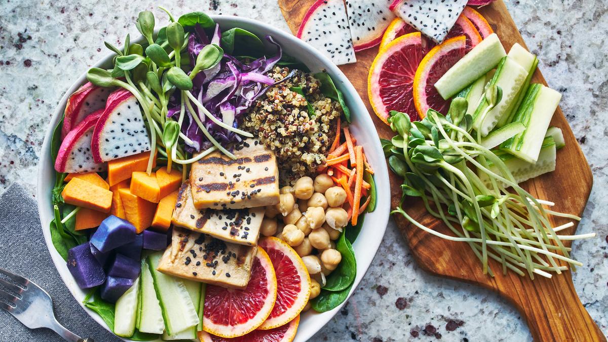 5 salades rafraîchissantes pour supporter la canicule