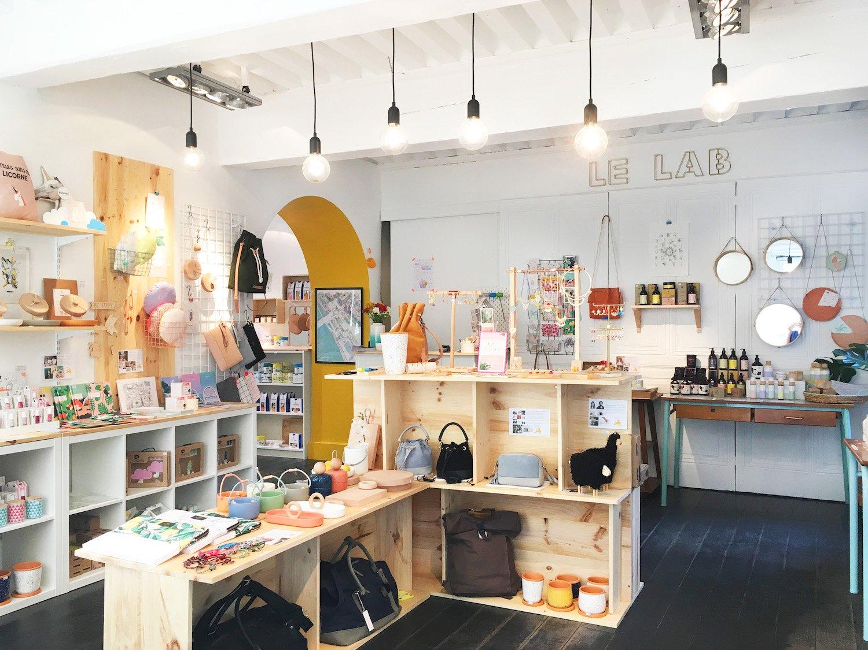 cinq magasins de d co pas chers lyon pour changer d 39 ikea. Black Bedroom Furniture Sets. Home Design Ideas