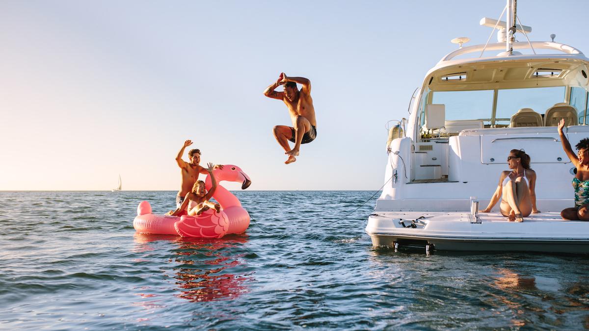 airbnb du bateau   le bon plan de l u0026 39  u00e9t u00e9 pour prendre le large