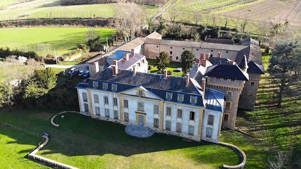 Un gros festival électro dans un sublime château près de Lyon