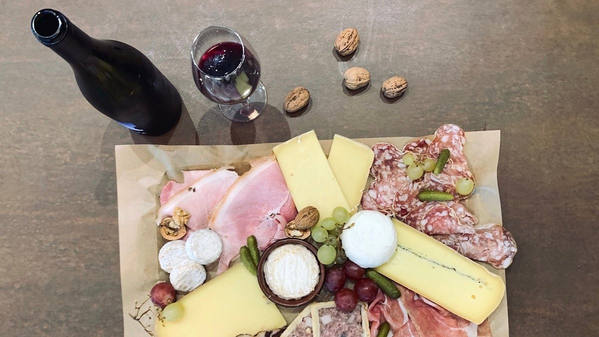 Culinaries, l'épicerie fine secrète qui cache une cave à vin nature dans le 6e