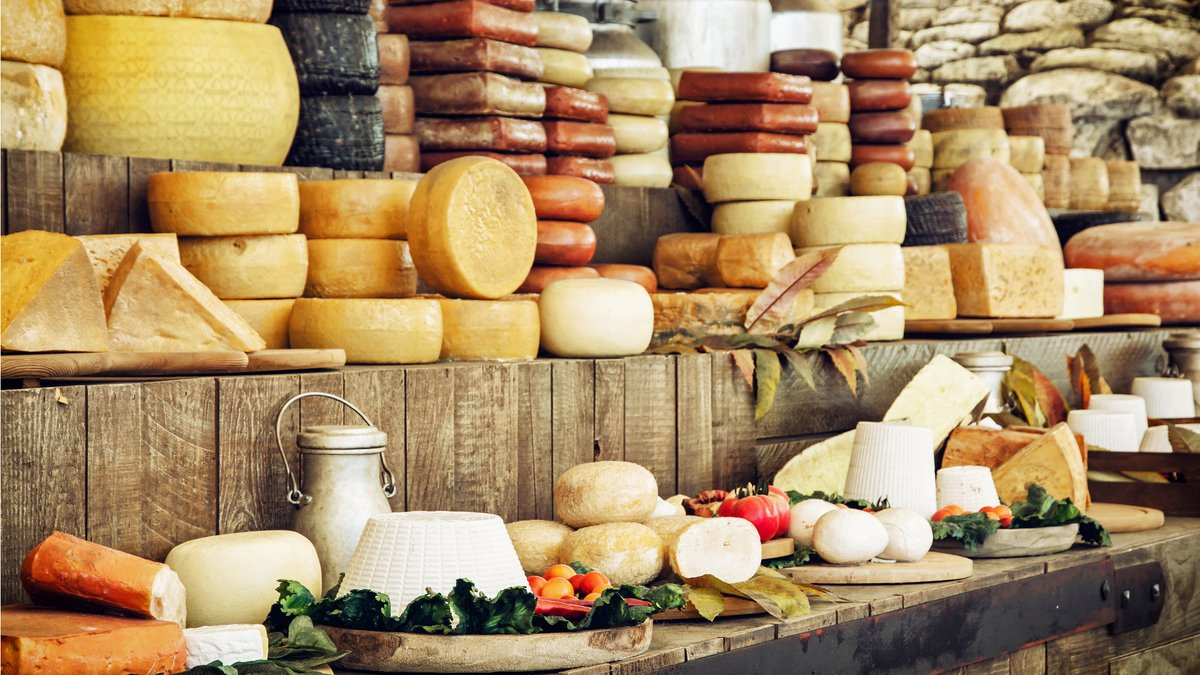 Alerte job de rêve : deviens testeur de fromages à Paris