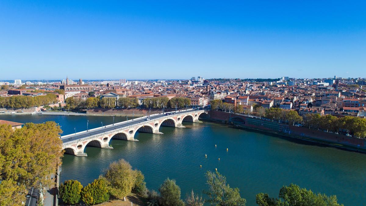 Le port du masque rendu obligatoire dans de nouvelles zones de Toulouse ?