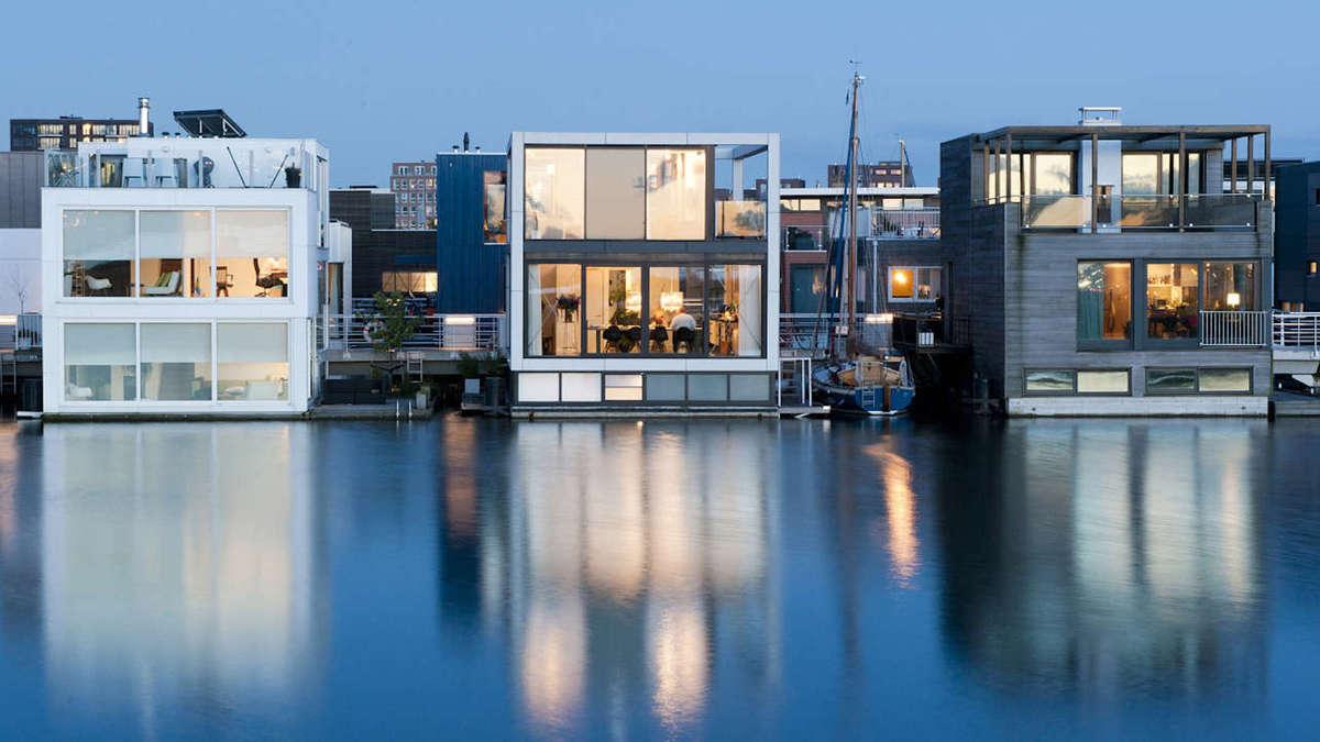 Un projet fou de quartier flottant sur le Rhône à l'étude à Lyon