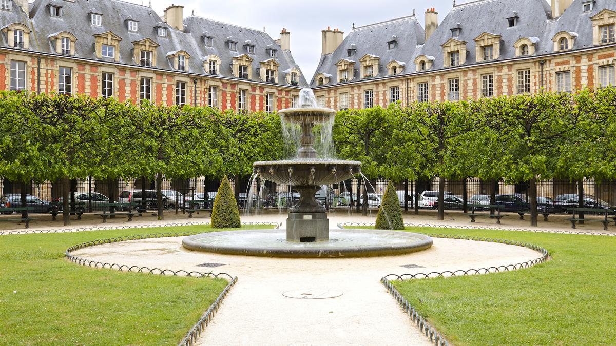 Une caserne parisienne transformée en mini-quartier