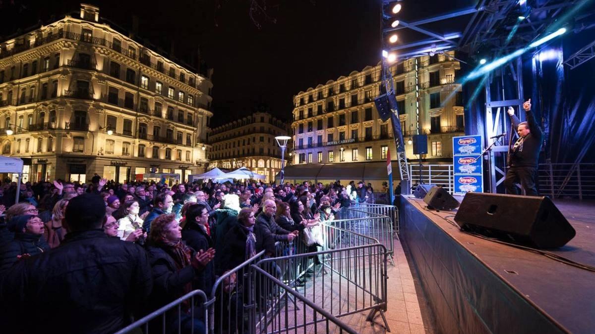 Un festival gratuit et solidaire avec Ève Angeli sur la place de la République cette semaine