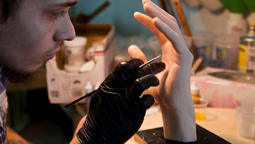 Job insolite à Strasbourg : deviens modèle pour créer des moules en silicone
