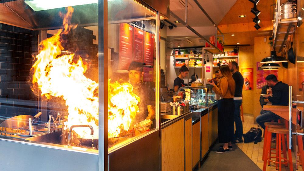 Wok to Walk : street food asiatique et show cooking en centre-ville de Bordeaux
