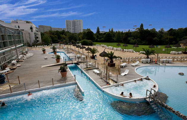 Les plus belles piscines en plein air de paris for Piscine aquaboulevard