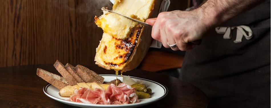 restaurant raclette lyon les meilleurs adresses o manger une raclette lyon. Black Bedroom Furniture Sets. Home Design Ideas